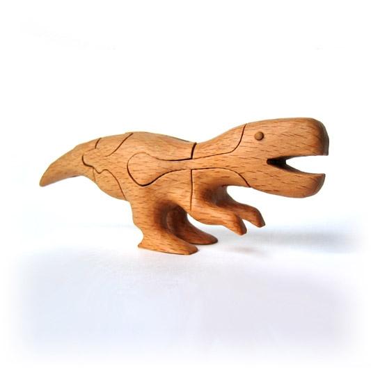 Динозавр из дерева своими руками